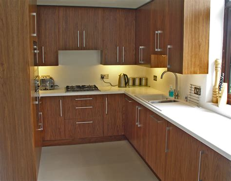 off the shelf kitchen cabinets off the shelf kitchens best color for kitchen cabinets
