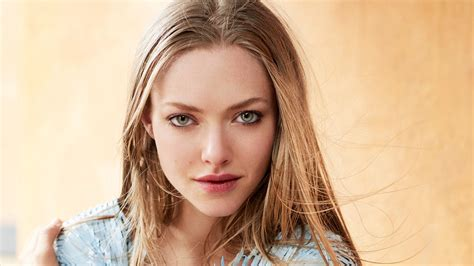 amanda seyfried vogue amanda seyfried vogue magazine wallpapers hd wallpapers