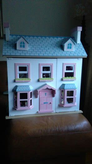 mayberry manor dolls house le toy van mayberry manor doll house for sale in carlow town carlow from shilo19