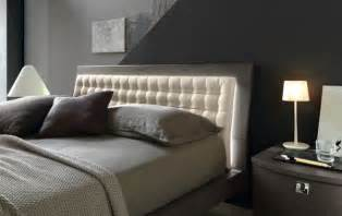 Bed Back Design by 34 Gorgeous Tufted Headboard Design Ideas
