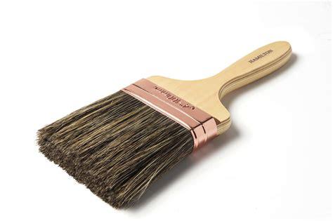 The Brush prestige wall brush