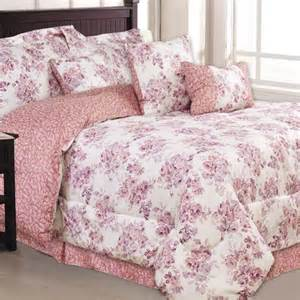 Pink Comforter by 14 Pink Comforters For And Girly