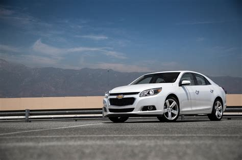 2015 chevrolet malibu turbo test photo gallery