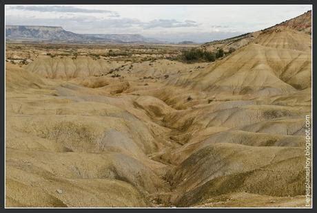 las bardenas reales un desierto de otro mundo en navarra b 225 rdenas reales un paisaje de otro planeta paperblog