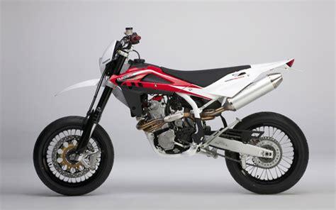 Husqvarna Motorrad Support by Cristiano Tattoos Husqvarna 125 Supermoto