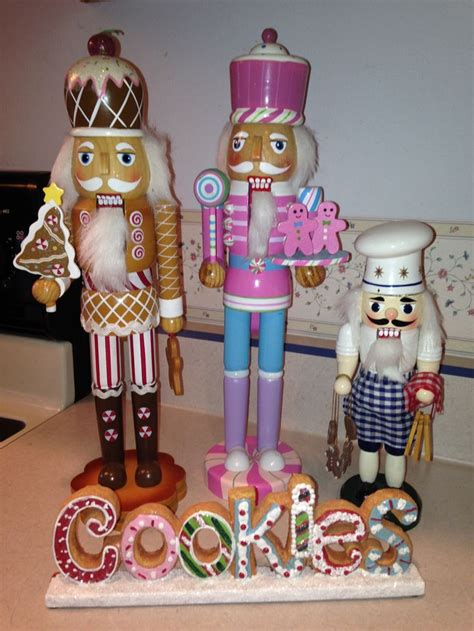 soldier nutcrackers 39 best nutcrackers soldiers images on