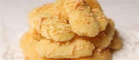 Kue Kering Lebaran Murah Lidah Kucing resep dan cara membuat kue lidah kucing keju renyah dan lembut