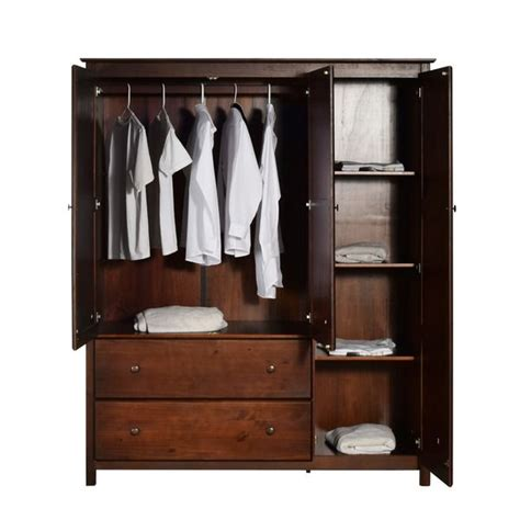 Wardrobes Solid Wood by 25 Best Ideas About Solid Wood Wardrobes On