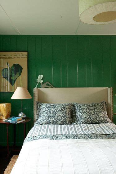 green accent wall bedroom best 25 kelly green bedrooms ideas on pinterest emerald green bedrooms emerald