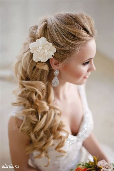 wedding hairstyles wedding flower ideas part 20 in wedding best 25 long curly wedding hair ideas on pinterest long