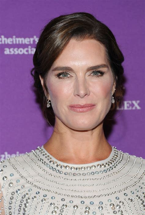 brook shields brooke shields undergoes surgery on both wrists see the