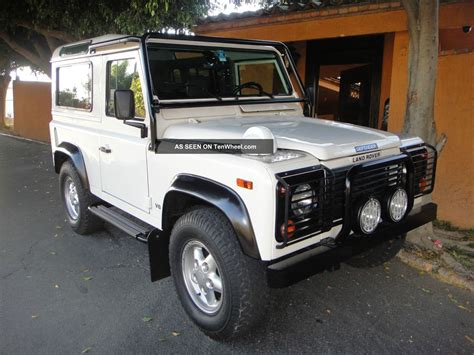 1995 land rover defender 1995 land rover defender 90 pictures information and