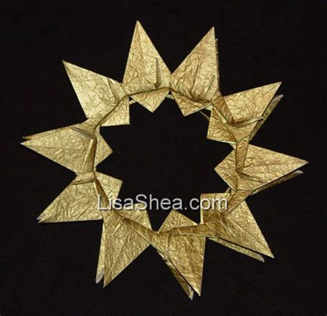 Gold Origami - gold meaning of color in origami