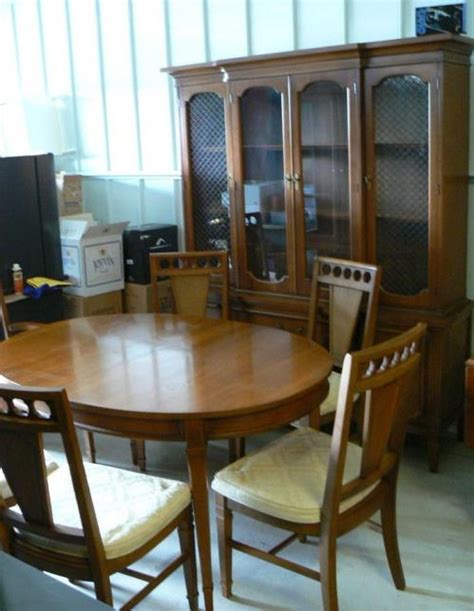 Bassett Furniture Dining Room Sets Nice Used Bassett Dining Room Set Table Chairs Cabinet Ebay