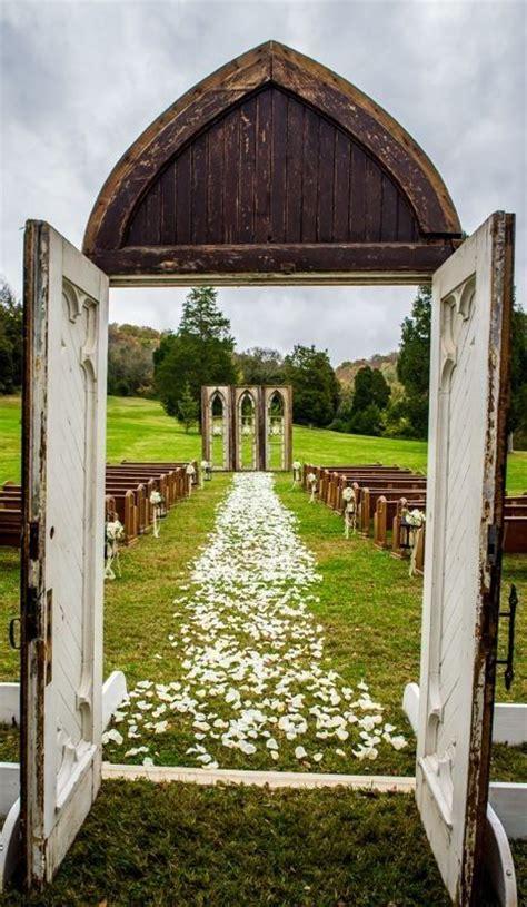 Wedding Ceremony Doors by Ceremony Idea With Rustic Doors Event Ideas