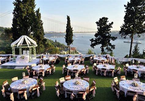 planning an outdoor wedding at home o que considerar em uma festa de casamento ao ar livre