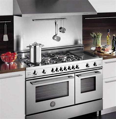 Kitchen Range Pictures Professional Quality Kitchen Ranges From Bertazzoni