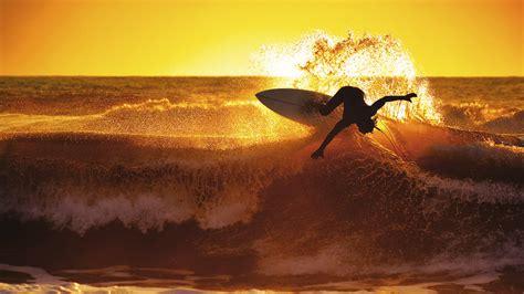 surfing sunset cool windows 10 wallpaper