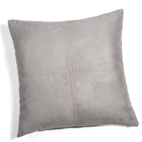 cuscino 60x60 cuscino grigio 60 x 60 cm swedine maisons du monde