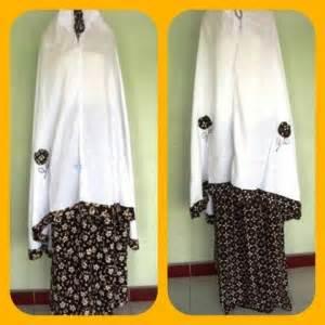 Promo Grosir Murah Supplier Perlengkapan Bayi Medisoft Cotton mukena batik putih bawahan batik coklat baju bayi celana