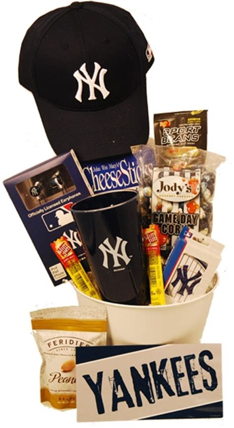 gifts for yankees fans 17 best images about gifts for york yankees fans on