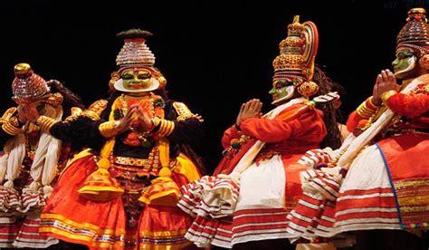 movie theatres cultural centers in kochi india krishnanattam temple dance kerala krishnattam