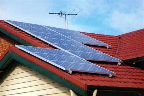 Solar Calculator Kalkulator Menggunakan Cahaya Matahari sumber energi solar surya