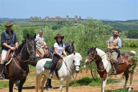 la caminata monteriggioni borgo de brandi desde 84 369 monteriggioni italia