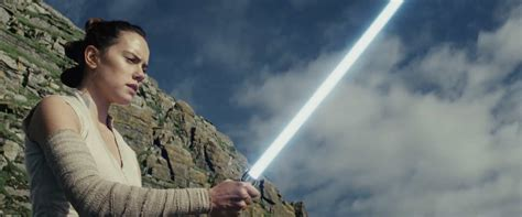 the full length star wars the last jedi trailer is here it s mind blowing