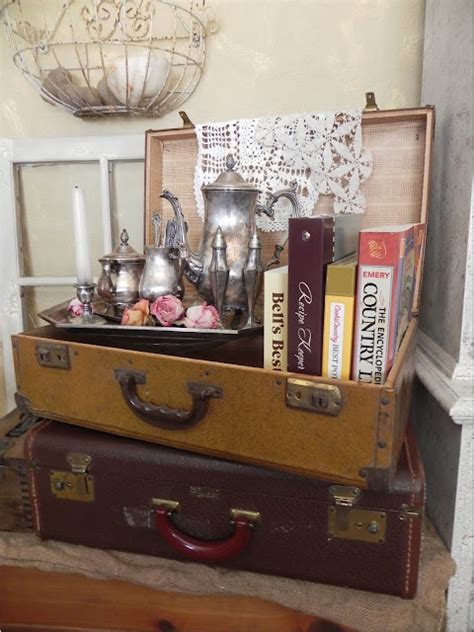 Vintage Suitcase Decor by Vintage Suitcase Decor On Suitcase Decor Luggage And Vintage Travel Decor