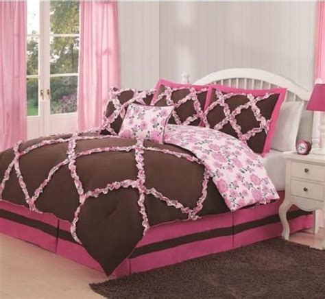 Pink And Brown Bedding Set 18 Best Images About Bedding On Pinterest Comforter Sets Kid Quilts And Quilt