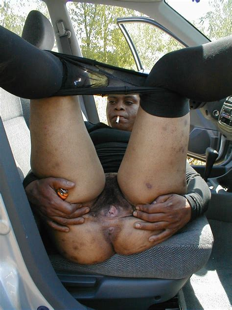 Black Whore Gets Naked For A Cigarette Crack Whores And