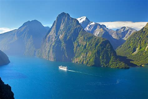 milford sound  rob suisted