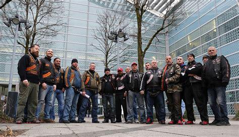 Motorradmesse Japan by Bandidos Und Hells Angels Auf Der Imot