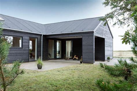 modern l shaped house