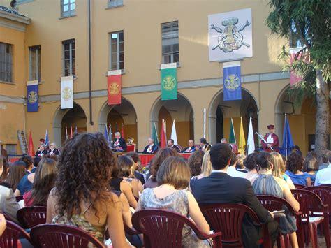 l universit 224 festeggia i suoi laureati inchiostro