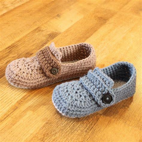 crochet pattern mens house slippers crochet mens slipper pattern opa slippers child men sizes