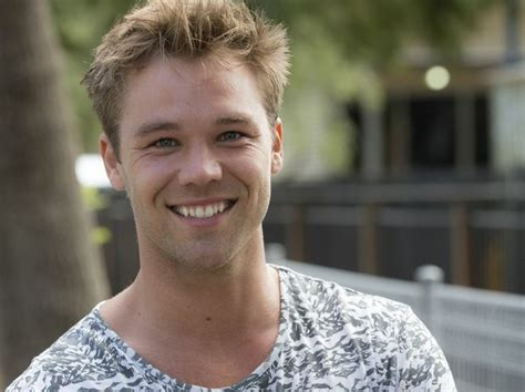 lincoln lewis confirmed lincoln lewis gallops to mackay mackay daily