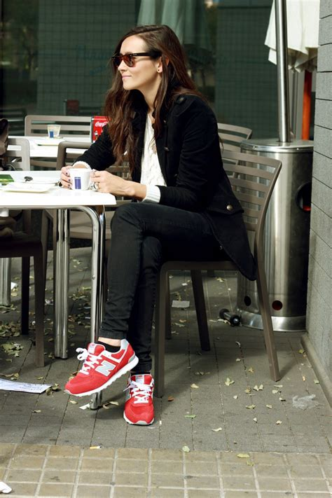 what looks good with red what to wear with new balance trainers and sneakers 2018