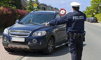 Auto Fahren Ohne Führerschein by Auto Fahren Ohne F 252 Hrerschein Welche Konsequenzen