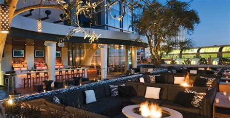 top bars in gasl san diego big ups 17 essential rooftop bars in san diego you must visit