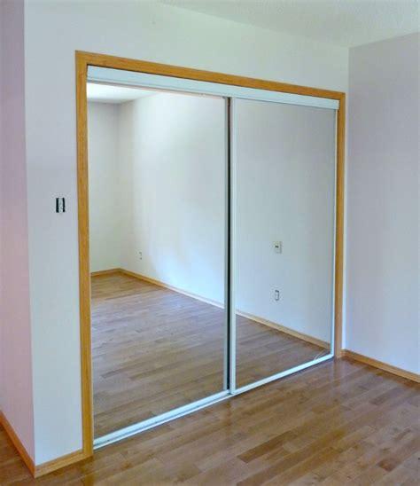 closet sliding doors new white glass sliding closet doors in the bedroom dans le lakehouse