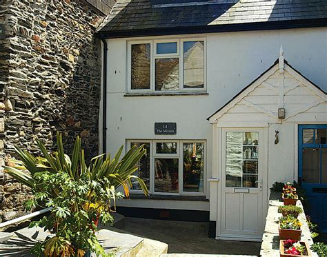 cornish cottage holidays the mizzen isaac cottages