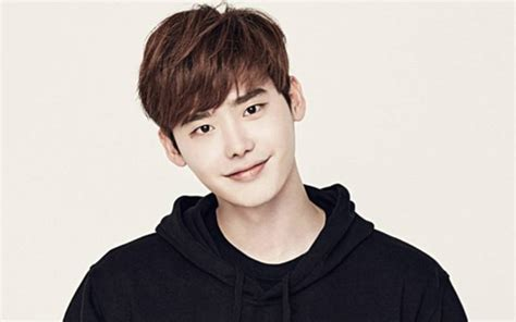 film korea romantis lee jong suk highest paid korean actors top 10 most successful actors