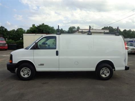 2006 chevrolet express 3500 sell used 2006 chevrolet express 3500 cargo 6 6l