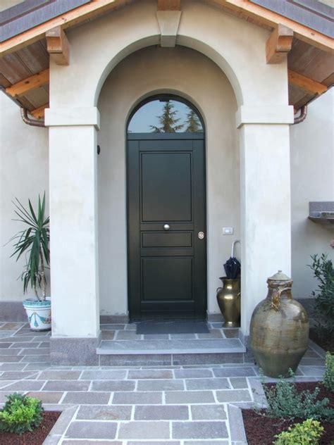 porte d ingresso in legno porte d ingresso in legno farb snc
