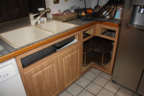 Replace Or Reface Kitchen Cabinets Replace Or Reface Kitchen Cabinets Home Makeover The Home Makeover