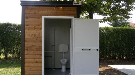 bagni prefabbricati in legno servizi igienici prefabbricati coibentati da esterno