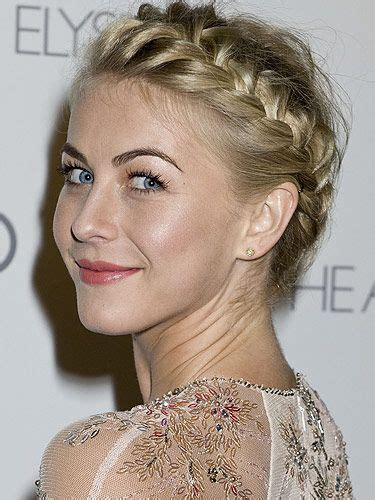 plated hair anne hathaway s cute clip updo the characters and