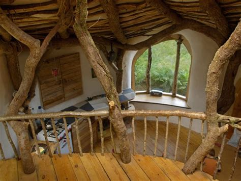 real hobbit house stunning real life hobbit house bit rebels